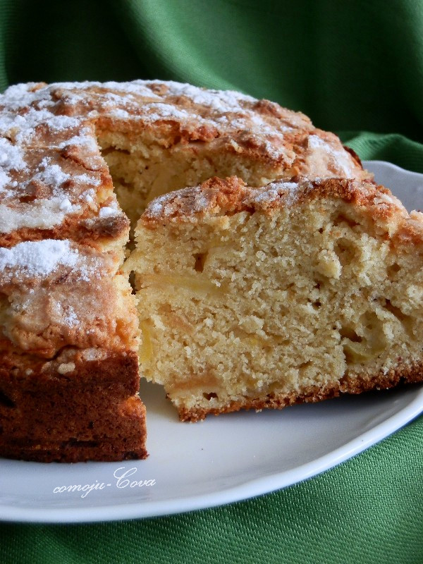 Irish Apple Cake  Publicado por Cova Morales a las 10 25