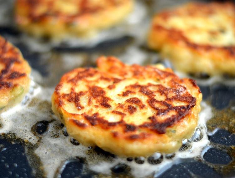 """Irish Potato Pancakes  Irish Potato Pancakes a k a """"Boxty"""" TheVegLife"""