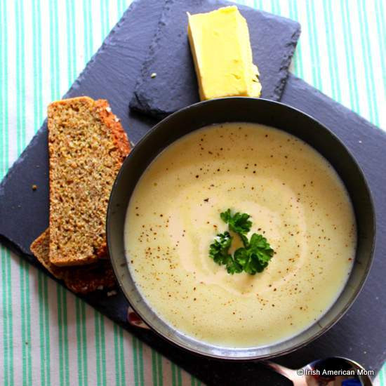 Irish Potato Soup  Traditional Irish Potato Soup