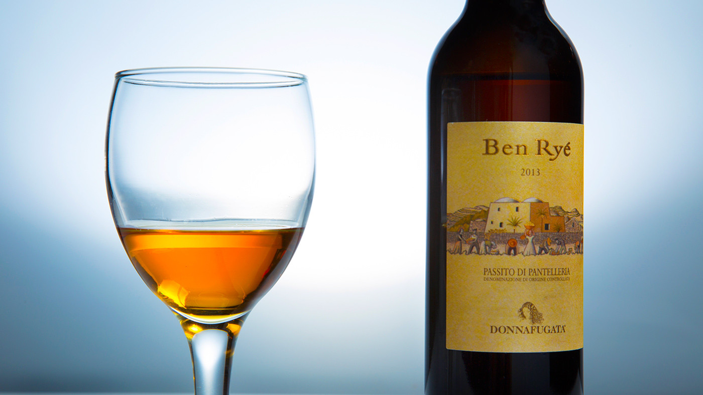 Italian Dessert Wine  Everything You Need to Know About Passito Italy s Raisin Wine