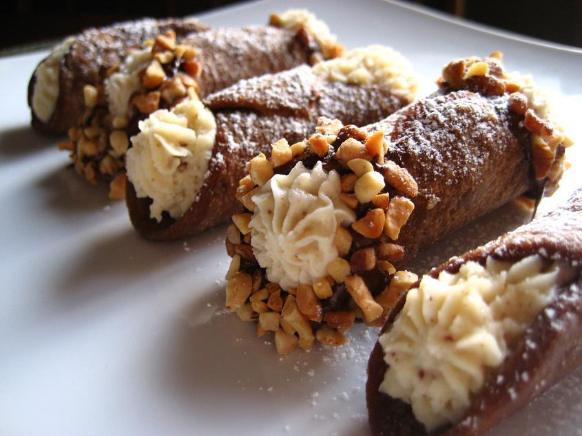 Italian Desserts Cannoli  Kitchen Bliss Daring Bakers Cannoli