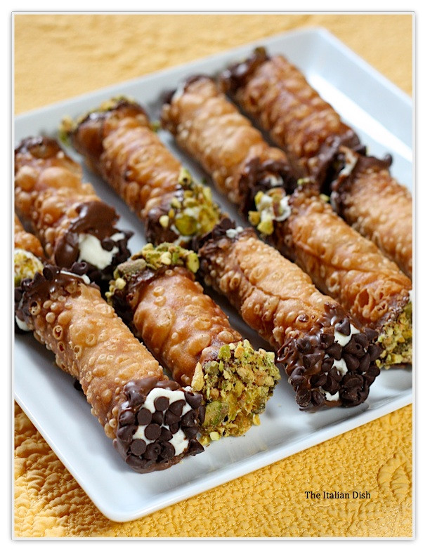Italian Desserts Cannoli  The Italian Dish Posts Daring Bakers Cannoli