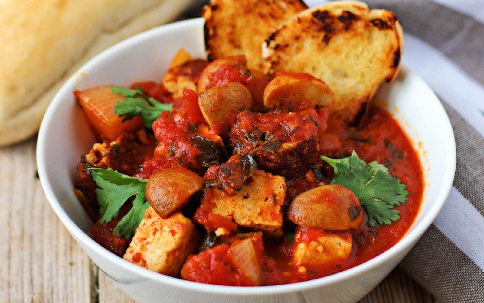 Italian Fish Stew  Cioppino Italian Style Fish Stew [Vegan] e Green