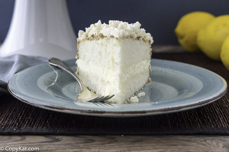 Italian Lemon Cream Cake  Make your own Olive Garden Lemon Cream Cake at home