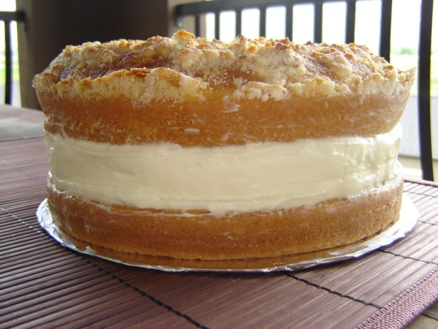 Italian Lemon Cream Cake  delicious italian lemon cream cake id 1145c ⋆ Cakes for