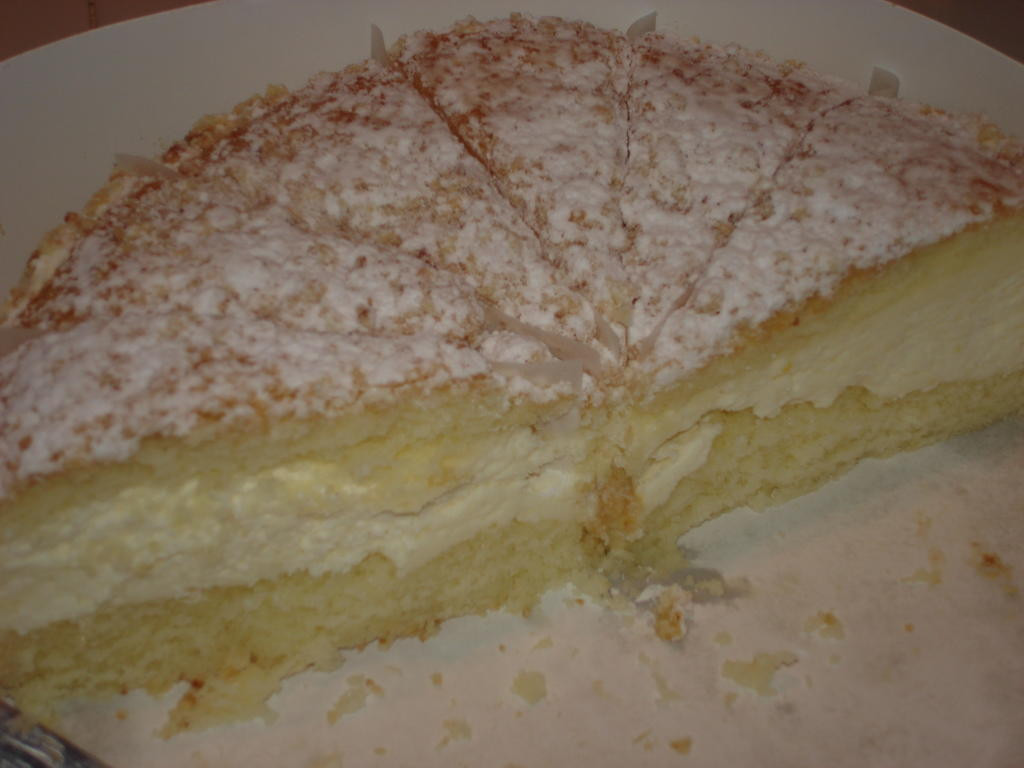 Italian Lemon Cream Cake  Busy Nothings Find an Italian Cream Cake and Eat It Now