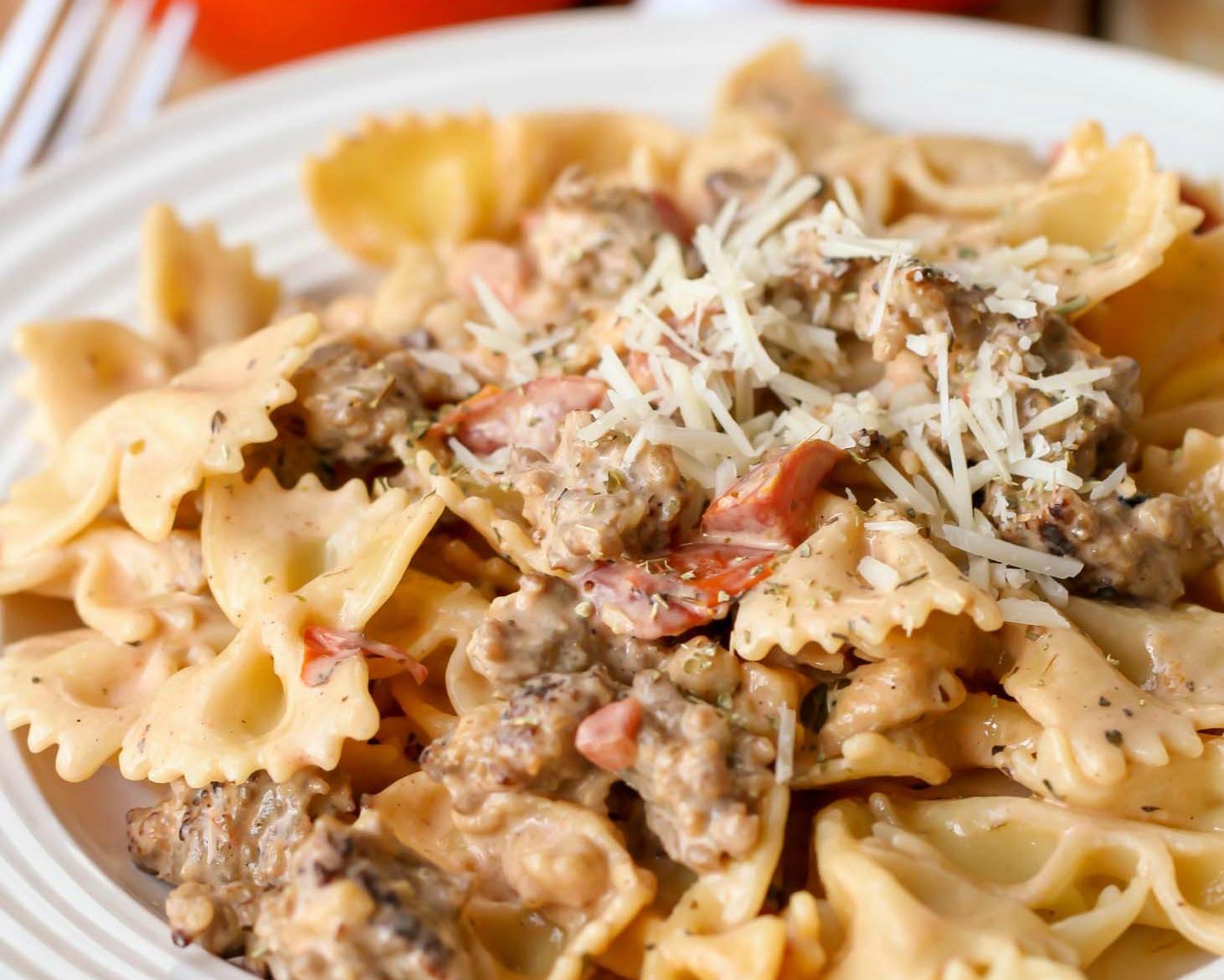 Italian Sausage Pasta Recipes  EASY Italian Sausage Pasta