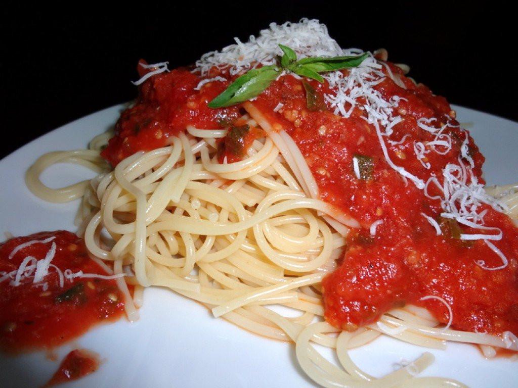 Italian Spaghetti Sauce  Best Homemade Spaghetti Sauce Recipe From Fresh or Canned