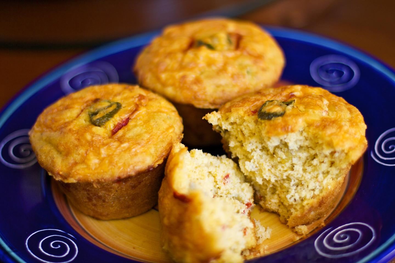 Jalapeno Cornbread Muffins  Jalapeño Cheddar Cornbread Muffins