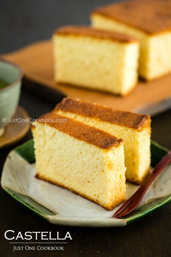 Japanese Sponge Cake Recipe  Castella Cake Recipe カステラ • Just e Cookbook