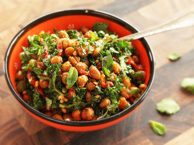 Kale Recipes Vegan  Vegan Roasted Chickpea and Kale Salad With Sun Dried
