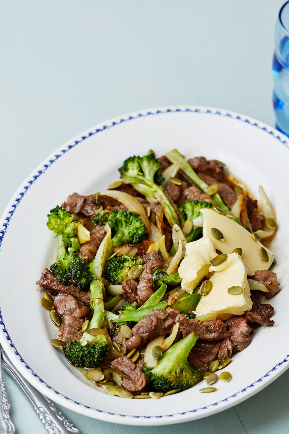 Keto Beef And Broccoli  Keto Steak and Broccoli Stir Fry with Pumpkin Seeds Diet