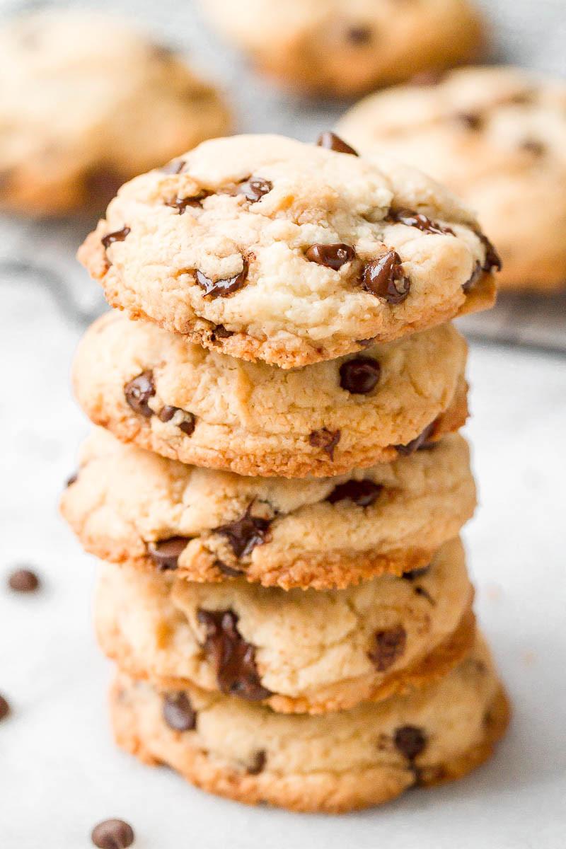Keto Chocolate Chip Cookies  Keto Chocolate Chip Cookies Recipe — Eatwell101
