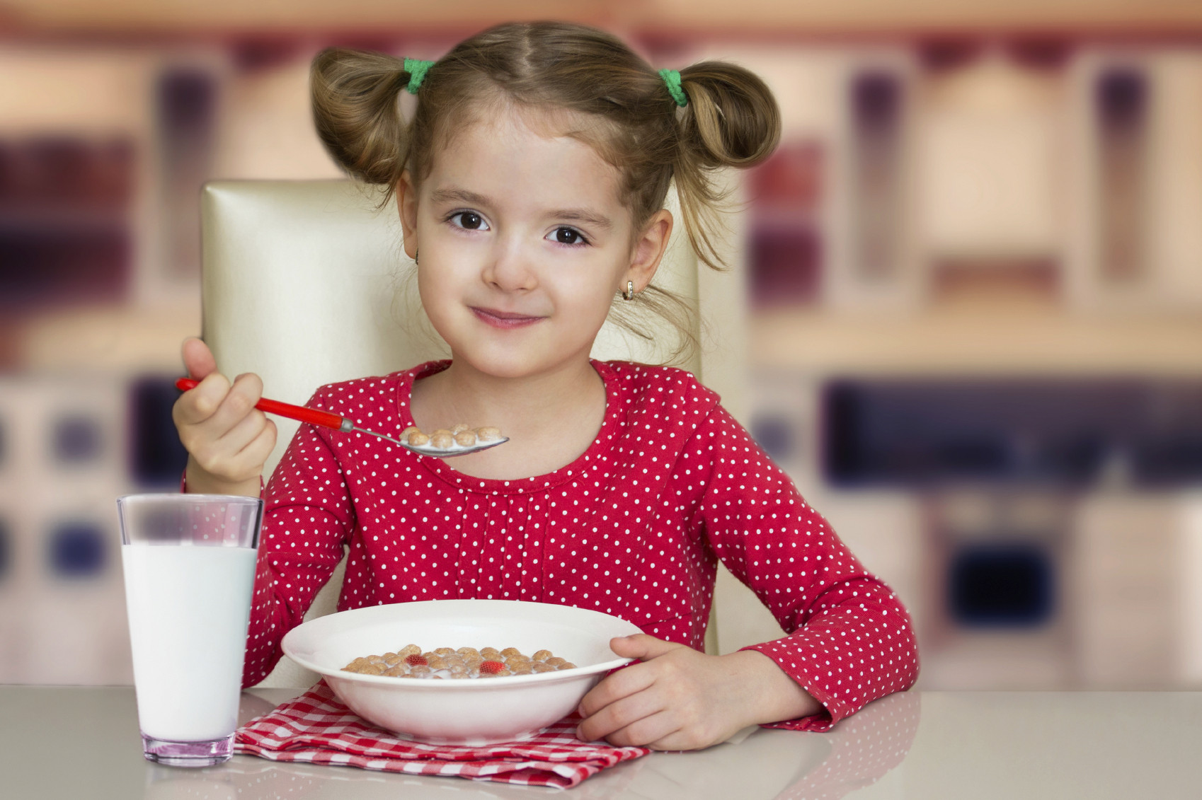 Kids Eating Breakfast  The Latest Research on Child Nutrition Toby Amidor Nutrition