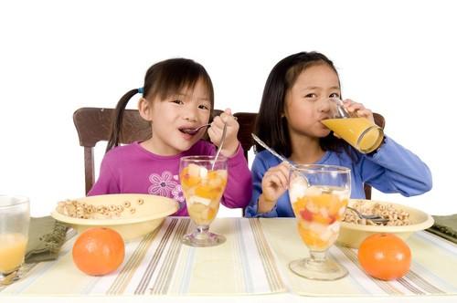 Kids Eating Breakfast  Here s Why You Shouldn t Skip Breakfast Smart Shopaholic