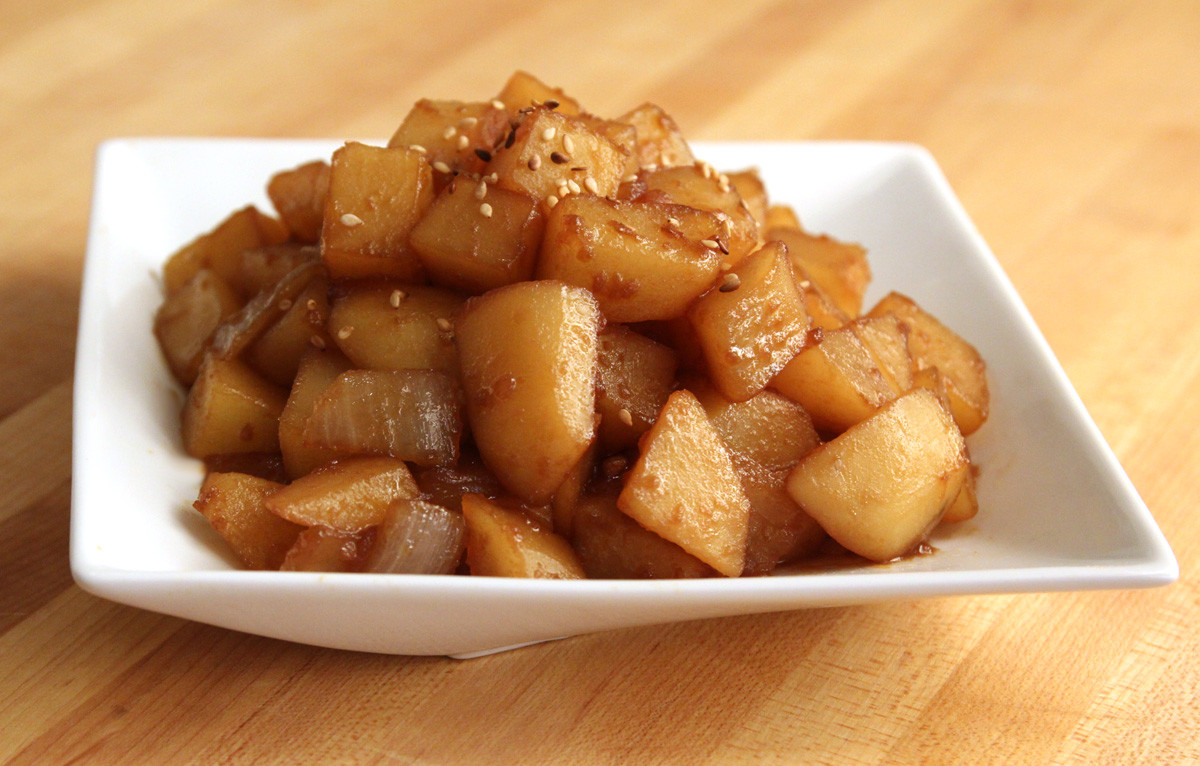 Korean Potato Side Dish  Potato & soy sauce side dish Gamjajorim recipe