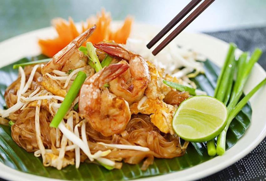 Lahn Pad Thai  pad thai delivery near me