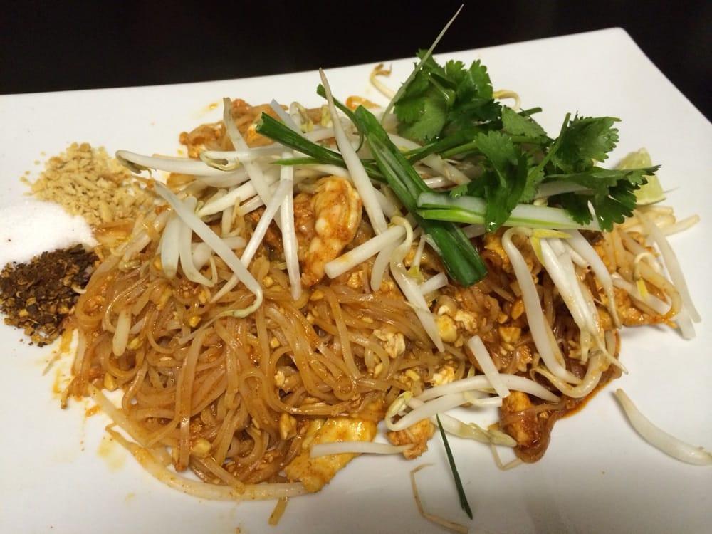 Lahn Pad Thai  Pad thai Yelp