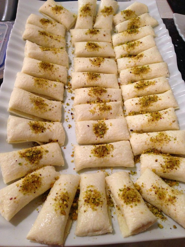 Lebanese Desserts Recipe  299 best Lebanese sweets images on Pinterest