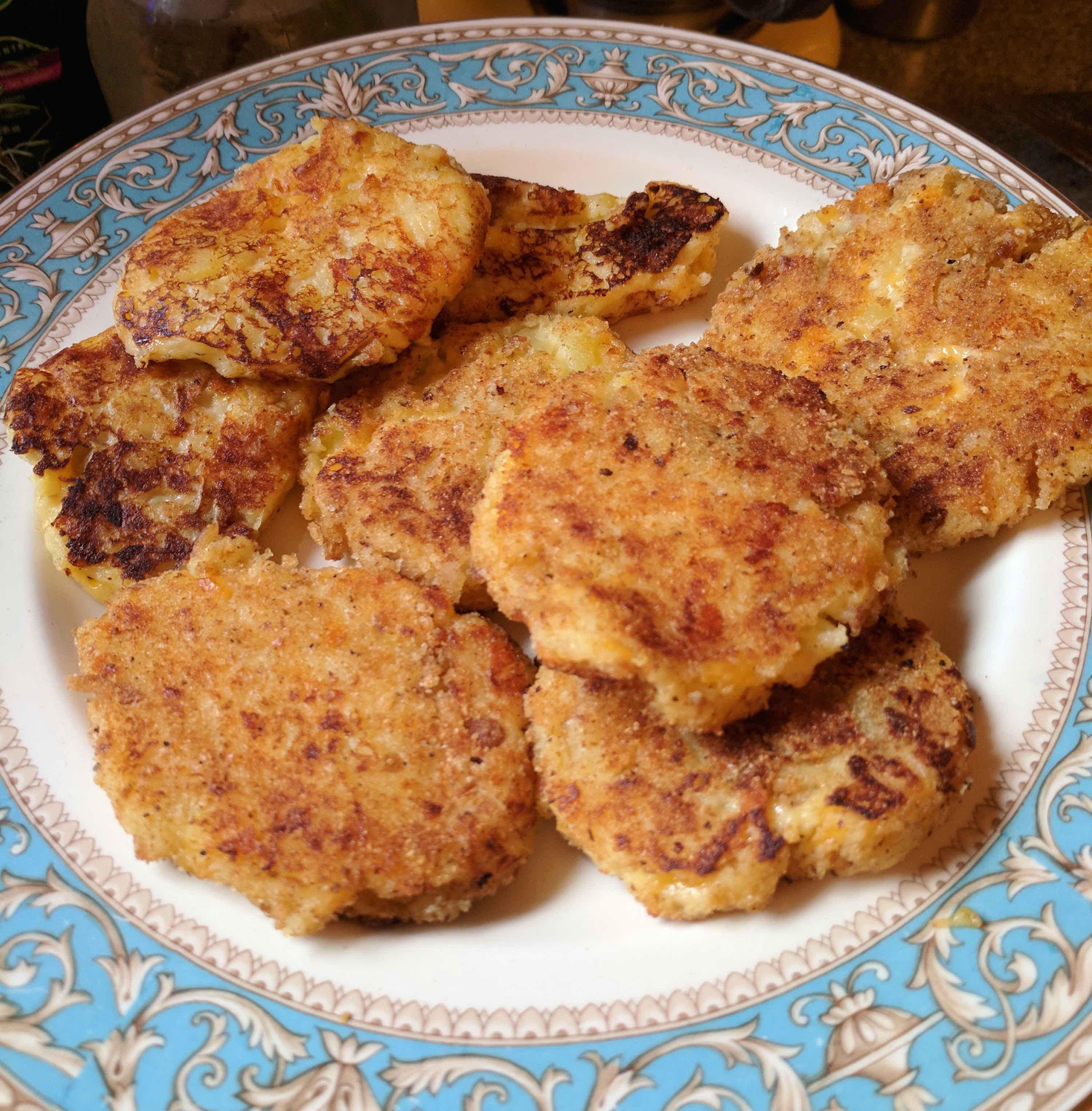 Leftover Mashed Potato Cakes  Leftover Mashed Potato Cakes