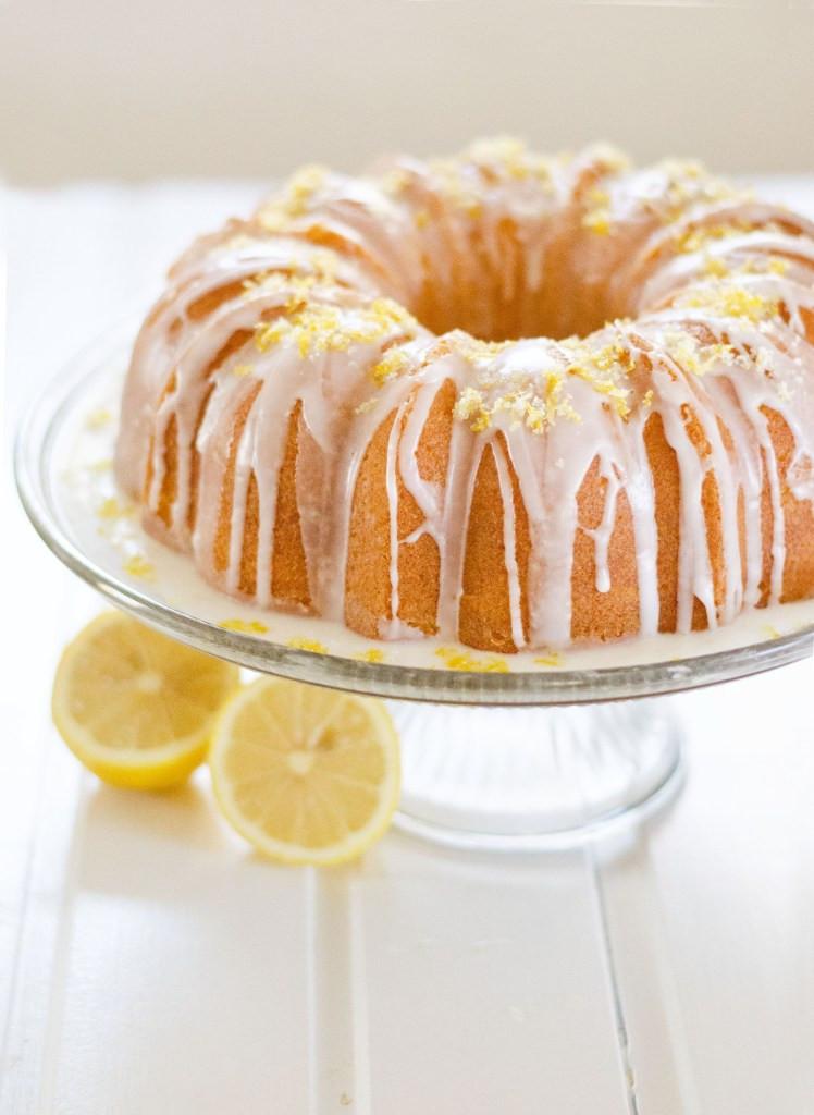 Lemon Bundt Cake  50 Lemon Cake Recipes You Need To Pull f a Tangy