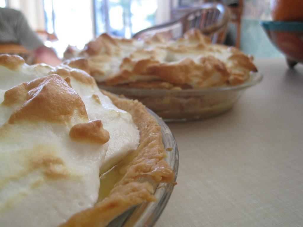 Lemon Meringue Pie Pioneer Woman  Perfect Lemon Meringue Pie Warm Vanilla Sugar