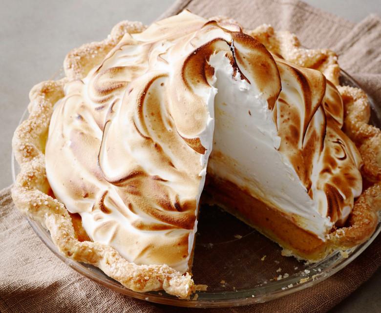 Lemon Meringue Pie Pioneer Woman  Thanksgiving Dinner Pumpkin Meringue Pie