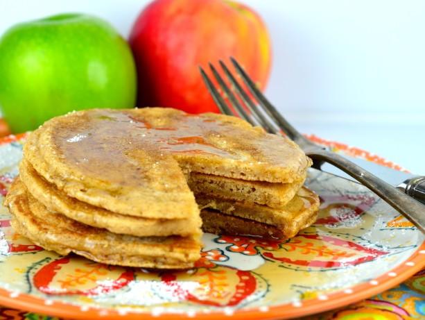 Low Calorie Pancakes  Low Calorie Apple Cinnamon Pancakes Recipe Food