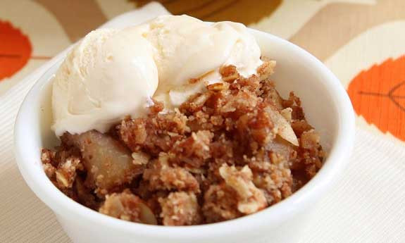 Low Carb Apple Dessert  6 Paleo Apple Crisps with No Flour or Sugar