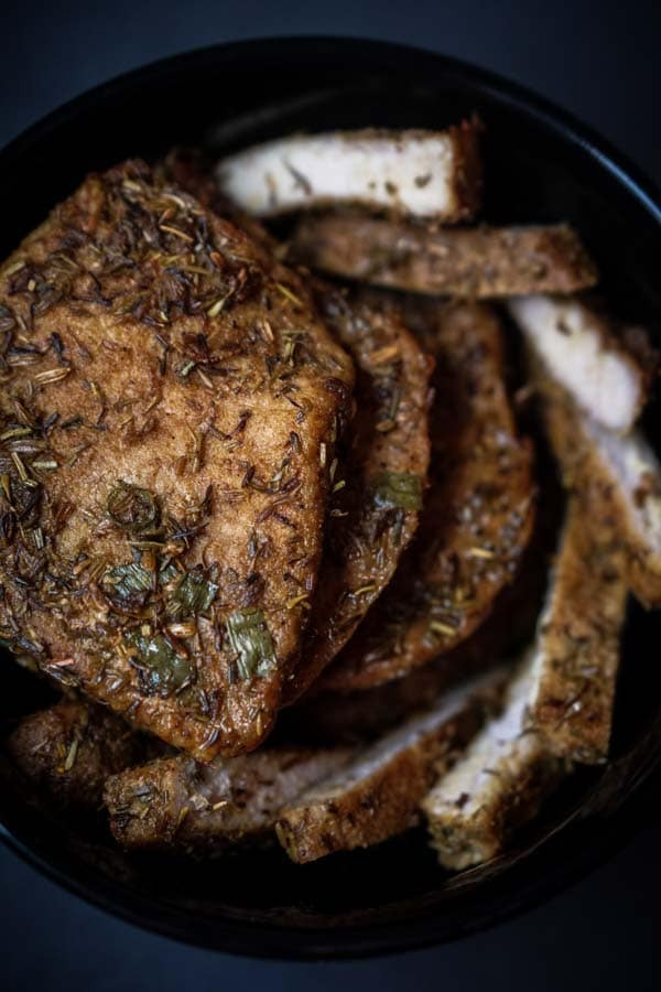 Low Carb Pork Chop Recipes  Low Carb Pork Chops in Crockpot with Spice Rub [Recipe