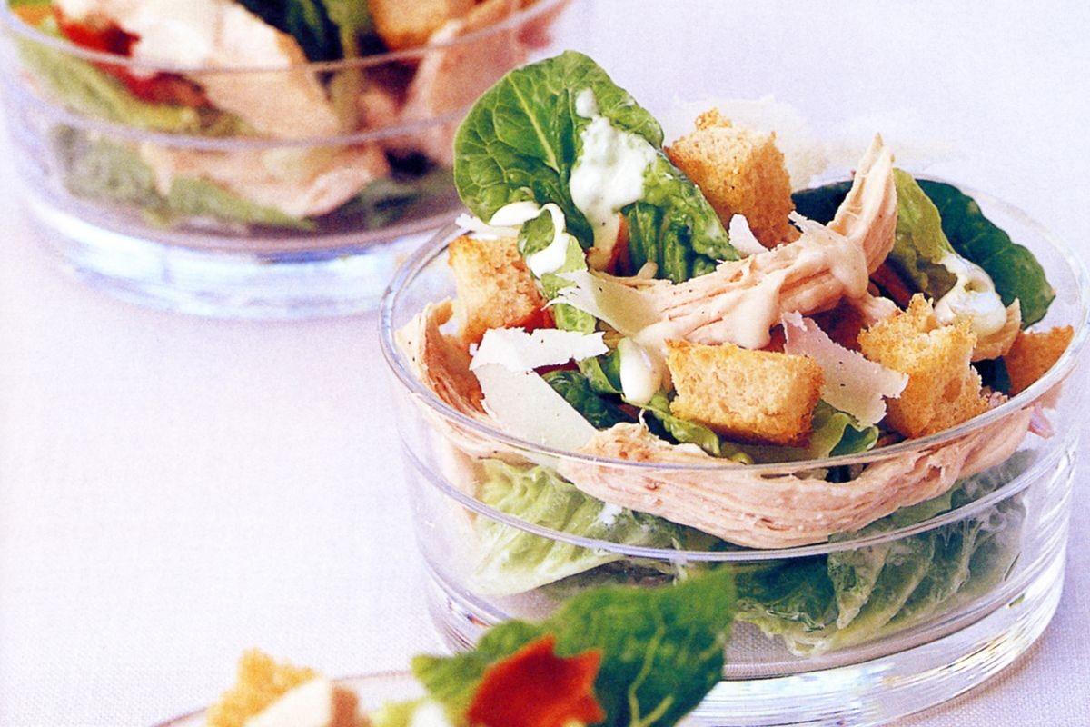 Low Fat Chicken Recipes  Low fat chicken Caesar salad Recipes delicious
