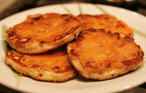 Mac And Cheese Pancakes  Macaroni And Cheese Pancakes