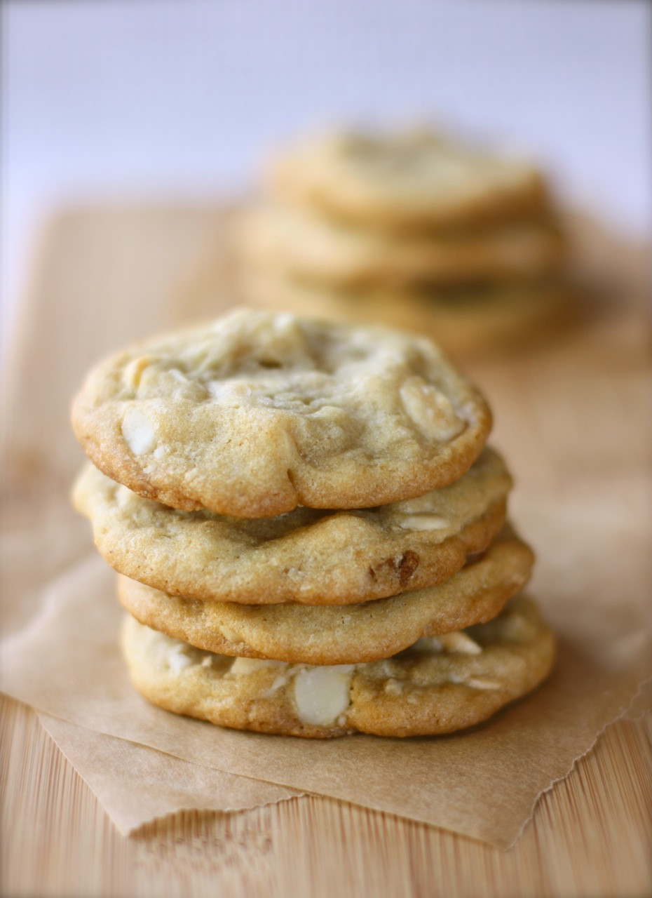 Macadamia Nut Cookies  white chocolate macadamia nut cookies