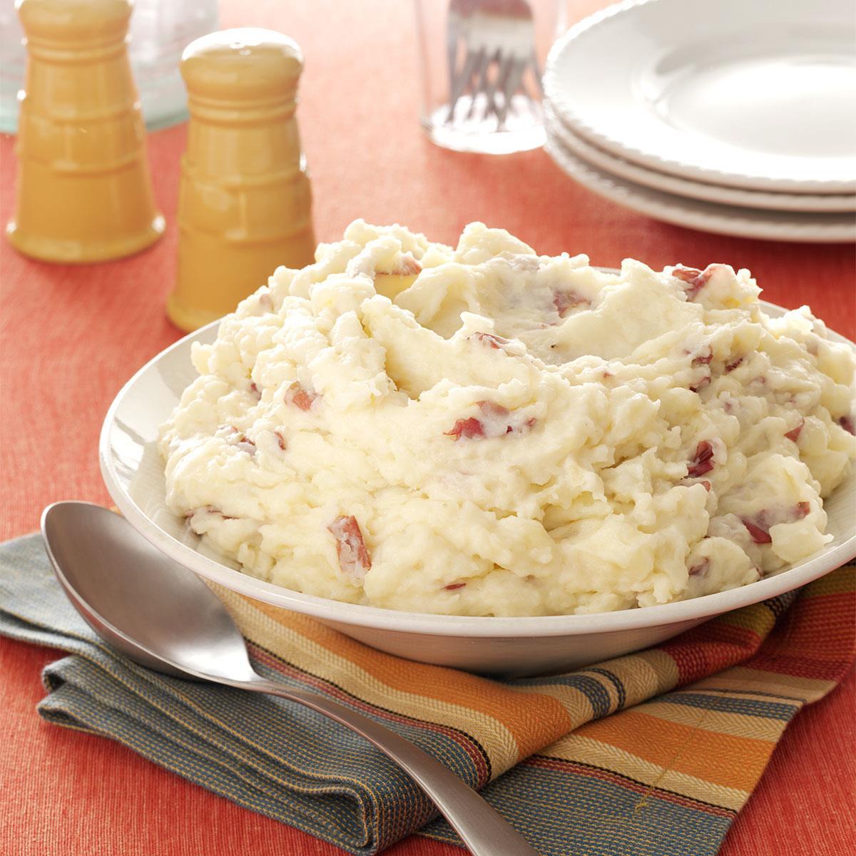 Making Mashed Potatoes  Garlic Mashed Red Potatoes Recipe