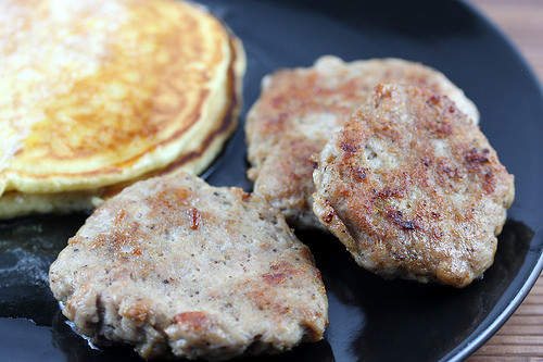 Maple Breakfast Sausage Recipes  Homemade Maple Flavored Breakfast Sausage Recipe