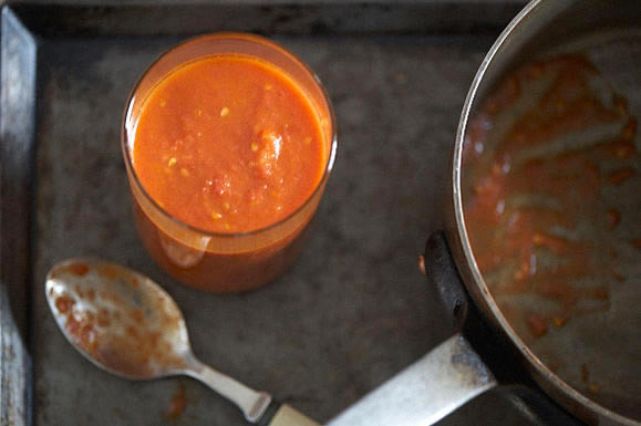 Marcella Hazan Tomato Sauce  Marcella Hazan's Tomato Sauce with ion and Butter – 30AEATS