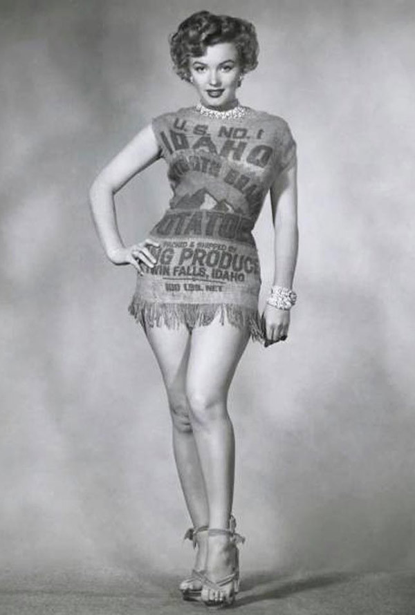 Marilyn Monroe Potato Sack  35 Random Funny Pics to Laugh Up Your Day