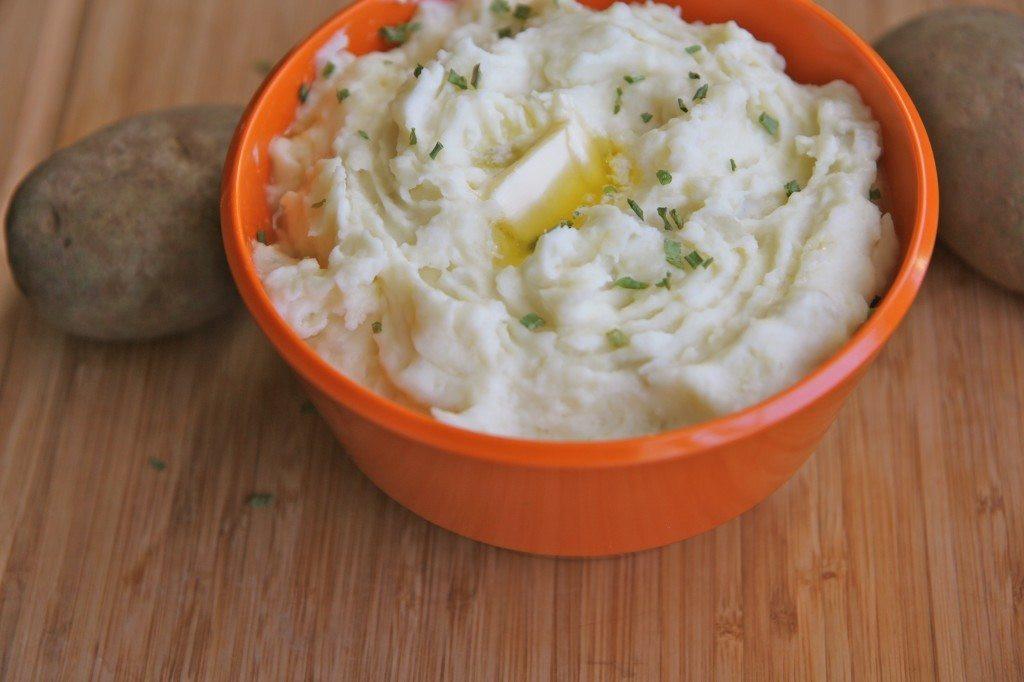 Mash Potato Recipe Easy  Easy Mashed Potatoes with Cream Cheese