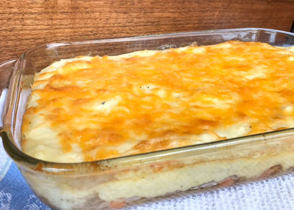 Mashed Potato Pies  Easy Shepherd s Pie Recipe using Pre Cooked Mashed Potatoes