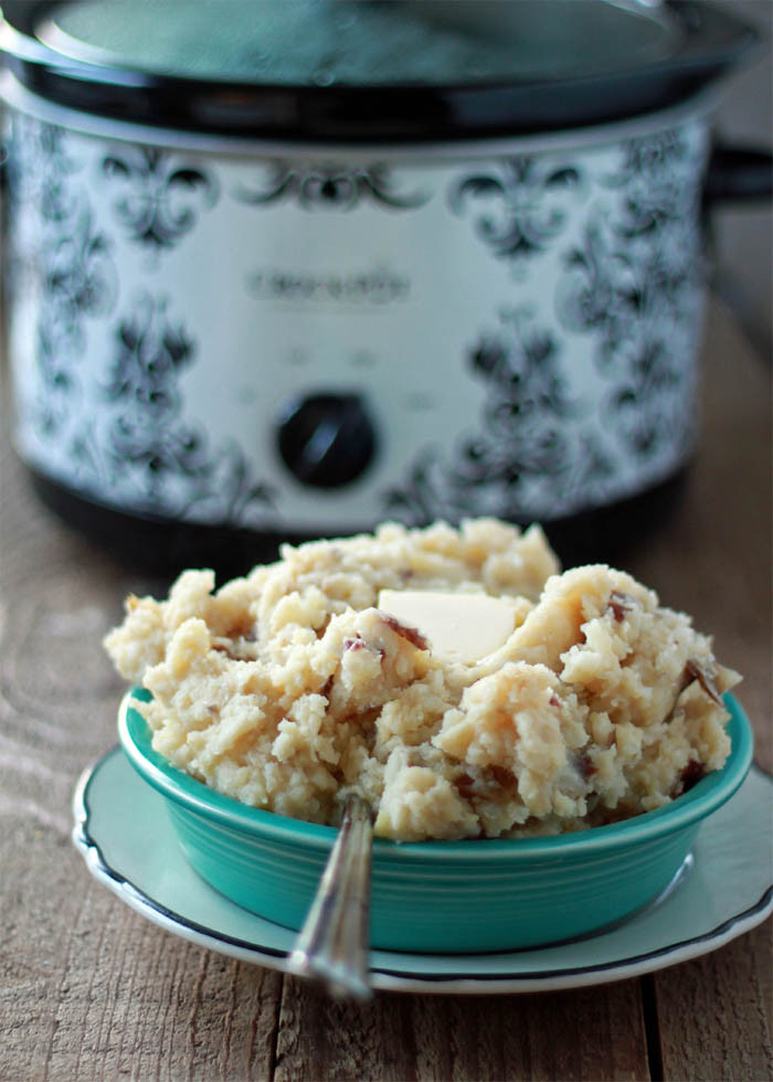 Mashed Potatoes In Crock Pot  Unbelievably Easy Crock Pot Garlic Mashed Potatoes