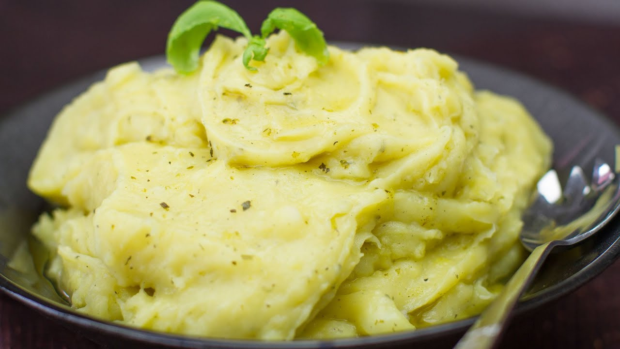 Mashed Potatoes No Milk  Best Ever Dairy Free Herbed Mashed Potatoes No Butter or