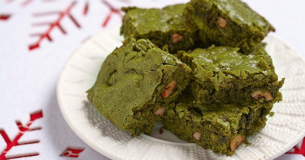 Matcha Dessert Recipes  Mesmerizing Matcha Desserts Emerald Pecan Brownies