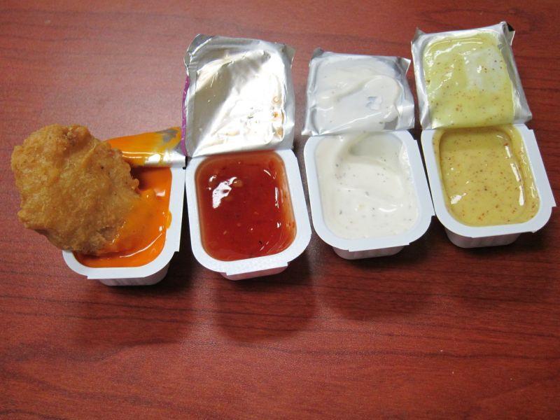 Mcdonalds Dipping Sauces  Review McDonald s New Chicken McNug Sauces