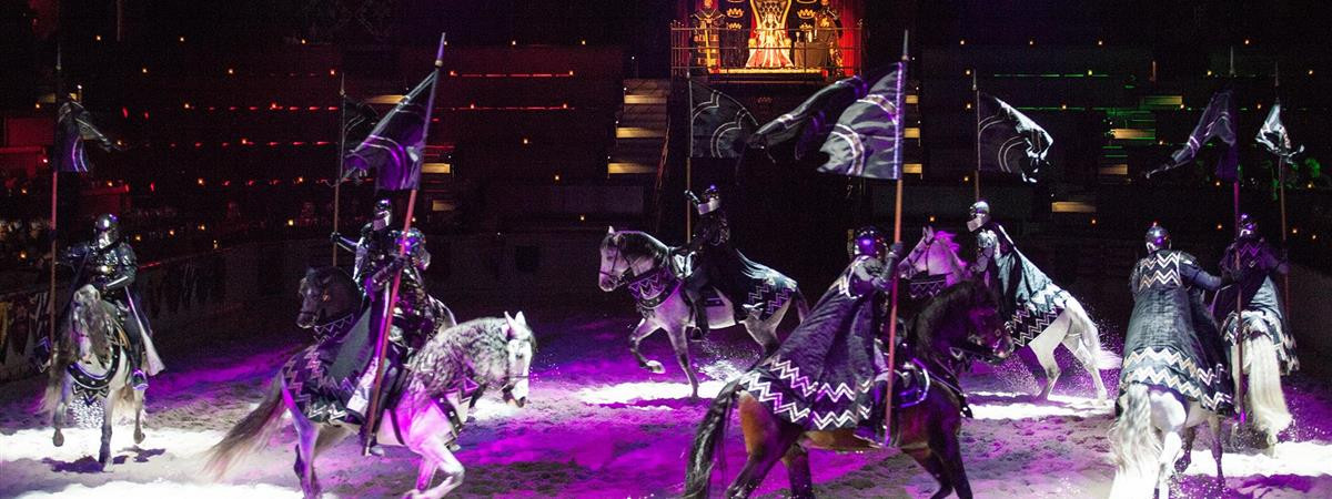 Medieval Times And Dinner  Me val Times Dinner & Tournament Lyndhurst NJ