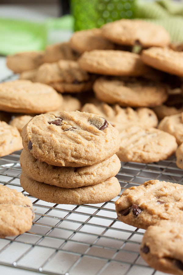 Melted Butter Chocolate Chip Cookies  Melt in your mouth Peanut Butter Chocolate Chip Cookies