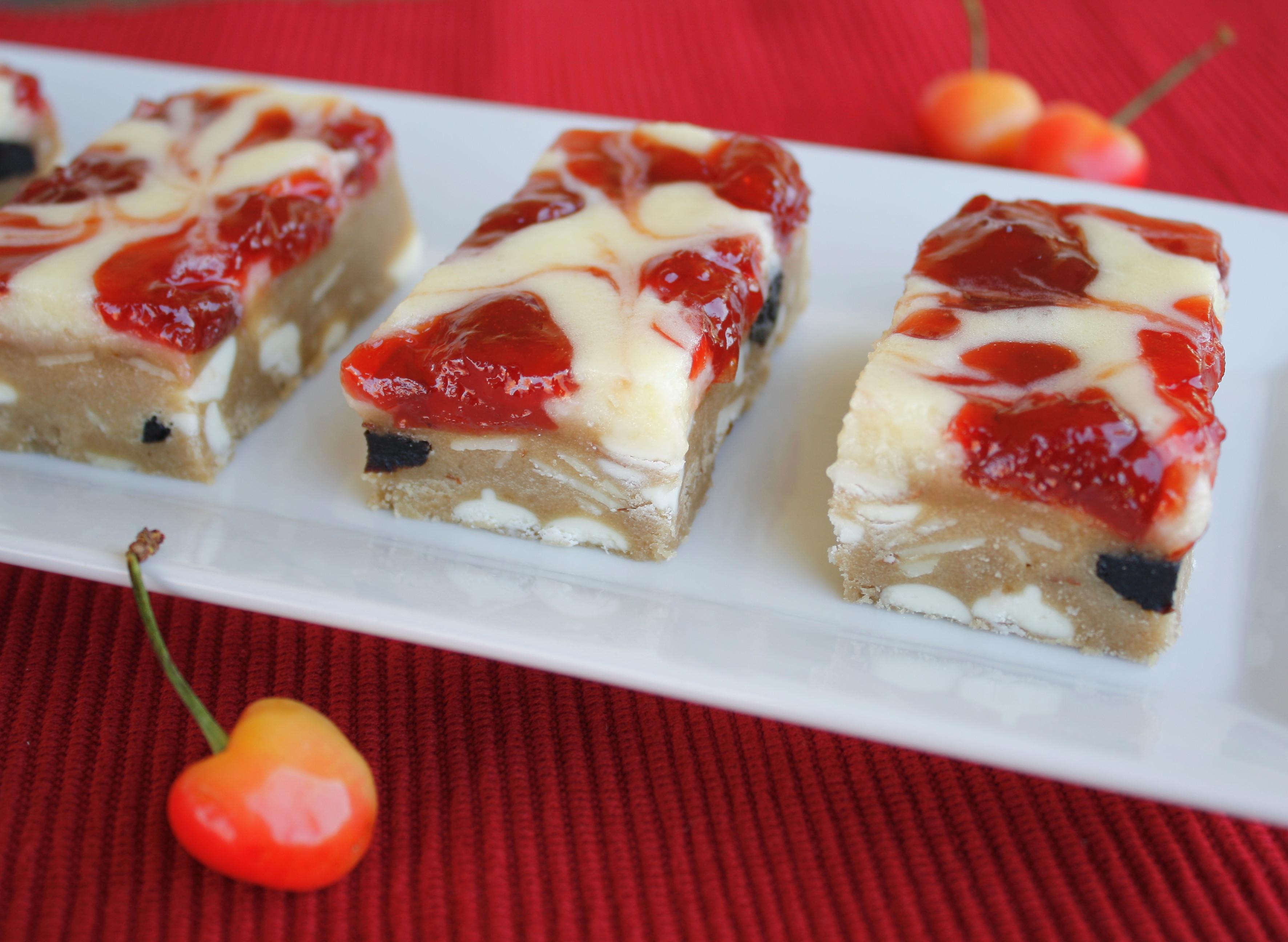Memorial Day Dessert Recipe  Perfect Memorial Day Dessert – Cherry Almond White
