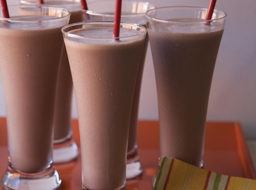 Mexican Drinks Non Alcoholic  Mexican Chocolate Shake with Chipotle and Almond