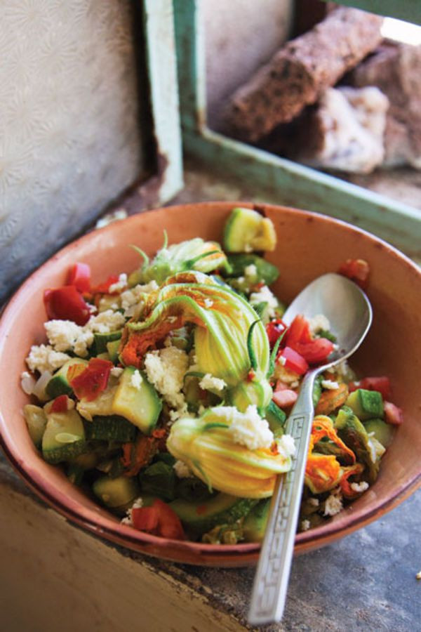 Mexican Squash Recipes  TRADITIONAL MEXICAN RECIPES Mexican Squash Blossom Sauté