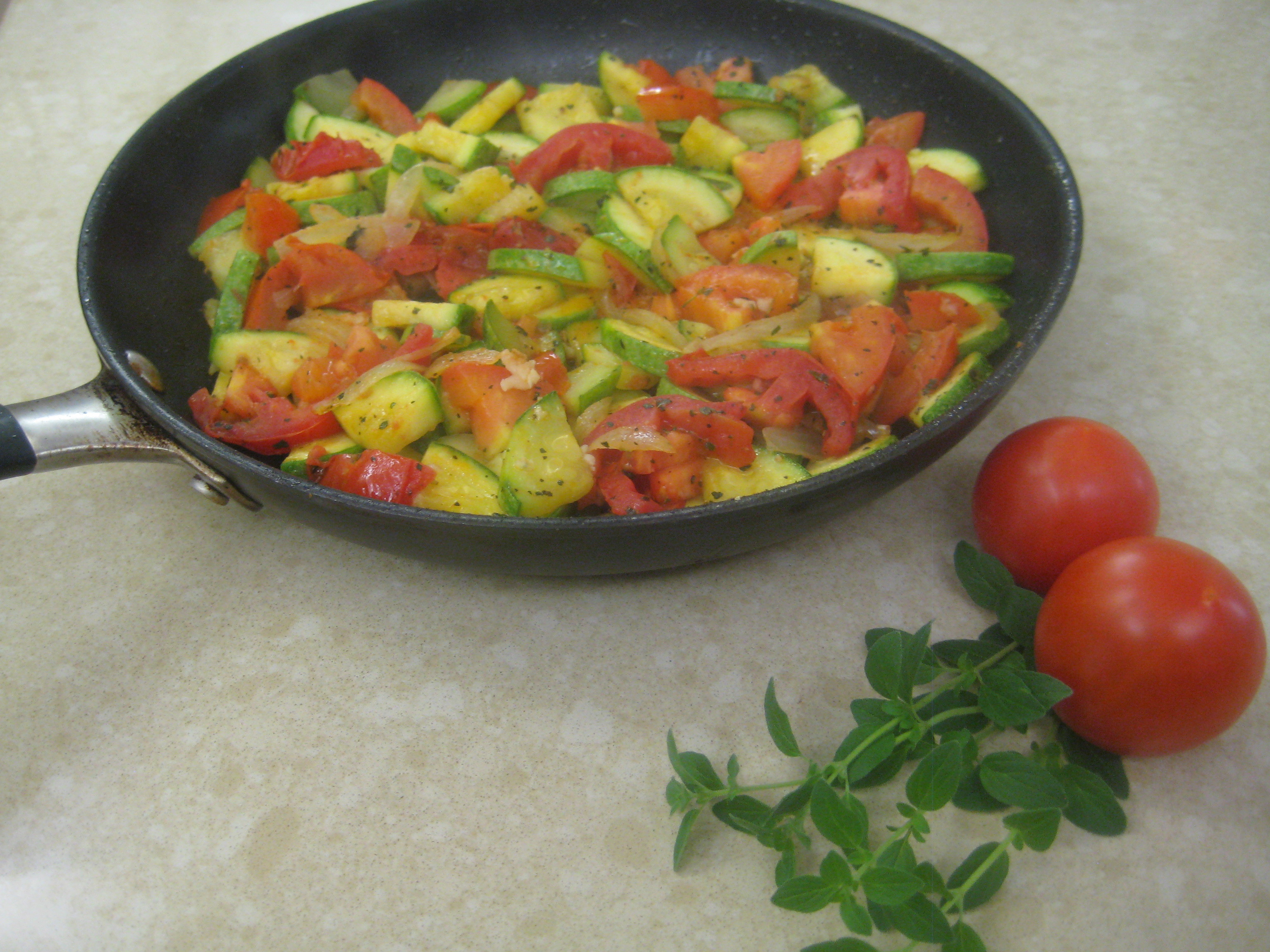 Mexican Squash Recipes  Mexican Squash and Tomatoes