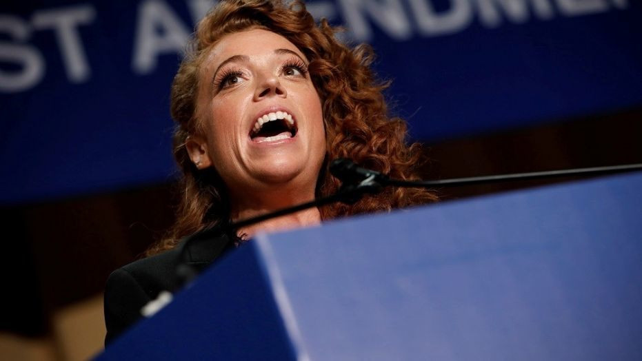 Michelle Wolf Dinner  edian Michelle Wolf s jokes fall flat or offend at DC